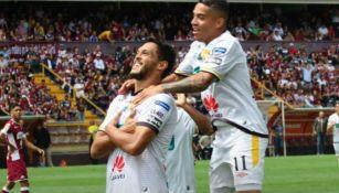 Landín festeja gol con el Herediano en duelo contra Saprissa
