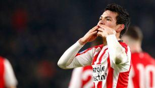 Chucky Lozano festeja gol con el PSV