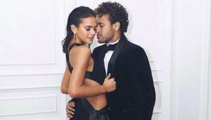 Bruna Marquezine posa junto a Neymar en su cumpleaños