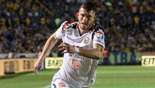 Guido Rodríguez, durante el juego contra Tigres