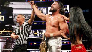 Andrade 'Cien' Almas retiene el título de NXT