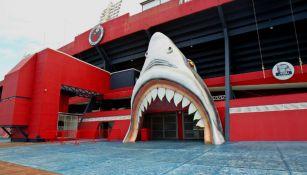 Una de las entradas del Estadio Luis 'Pirata' Fuente