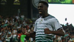 Djaniny Tavares festeja un gol en el Clausura 2018