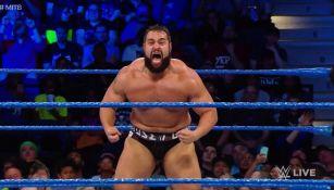 Rusev durante el combate contra Daniel Bryan
