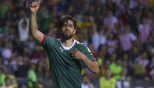 Rodolfo Pizarro en festejo de gol contra Morelia
