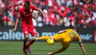 Jorge Sartiaguin disputa juego contra Tigres