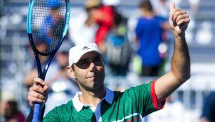 Santiago González festeja en Copa Davis