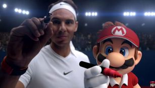 Rafa y Mario estampan su firma en la cámara tras el partido