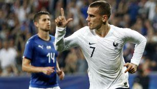 Antoine Griezmann festeja gol con Francia