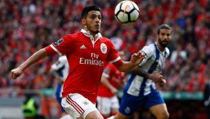 Jiménez disputa un duelo con Benfica en Portugal