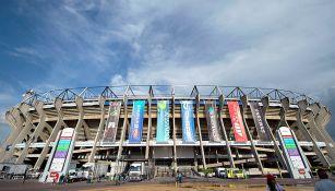 Vista del Estadio Azteca por fuera