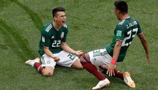 Lozano celebra su gol contra Alemania