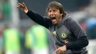 Antonio Conte, durante su etapa como DT de Chelsea