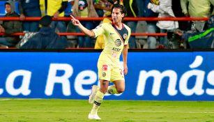 Lainez celebra gol contra Pachuca