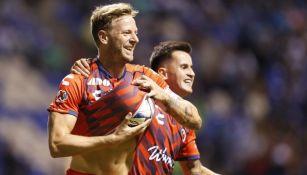 Christian Meléndez celebrando uno de sus goles