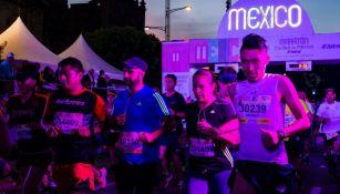Corredores en la salida del Maratón de la CDMX