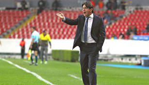 Bruno Marioni, durante un partido contra Leones Negros