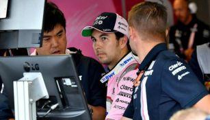 Checo Pérez durante entrenamiento en Monza