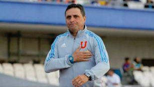 Guillermo Hoyos en un partido con la U de Chile