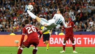 Momento exacto del gol de chilena de Gareth Bale vs Liverpool