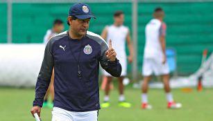 José Saturnino Cardozo en entrenamiento de Chivas
