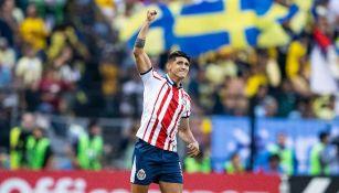 Alan Pulido celebra su gol ante América en el A2018