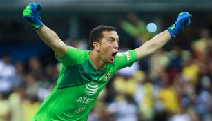 Marchesín celebra un gol con las Águilas
