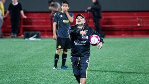 Maradona dirige entrenamiento de Dorados