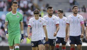 Jugadores de las Chivas tras el juego contra Lobos BUAP