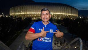 Aficionado de Cruz Azul previo a un partido contra Rayados