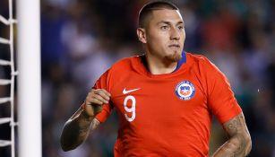 Castillo festeja un gol con Chile