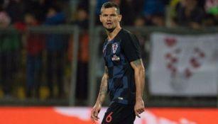 Lovren portando la camiseta de Croacia