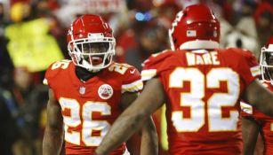 Damien Williams celebra touchdown