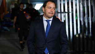 Santiago Baños, en llegada de América al Estadio Azteca