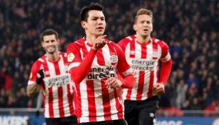 Chucky Lozano festeja uno de sus goles frente al Groningen