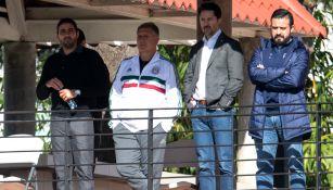 Tata Martino y dirigentes de la FMF presentes en la práctica de Rayados