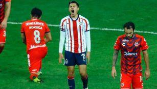 Ronaldo Cisneros en lamento durante un encuentro ante Veracruz