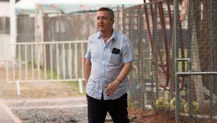 Jorge Vergara, arriba al entrenamiento de las Chivas