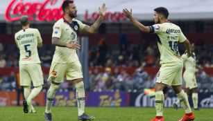 Emanuel Aguilera festeja gol con América