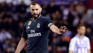Benzema festaja gol ante el Valladolid