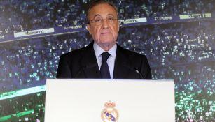 Florentino Pérez durante la presentación de Zidane