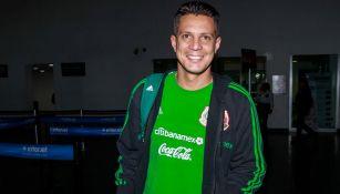 Ramírez posa en el aeropuerto de la CDMX