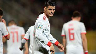 Álvaro Morata celebra un gol con España