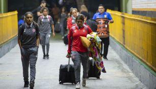 Necaxa arriba al Universitario tras el incidente con su autobús