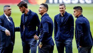 Jugadores de Juventus conocen el Johan Cruyff Arena