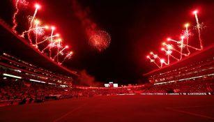 El estadio Morelos festejó con pirotecnia