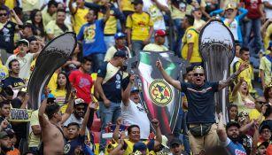 Aficionados del América en las tribunas del Estadio Azteca