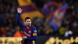 Messi recibe reconocimiento previo a un partido