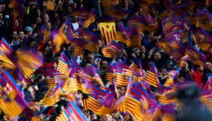 Aficionados del Barcelona en el Camp Nou