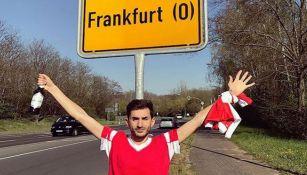 Aficionado de Benfica presume supuesta llegada a Frankfurt